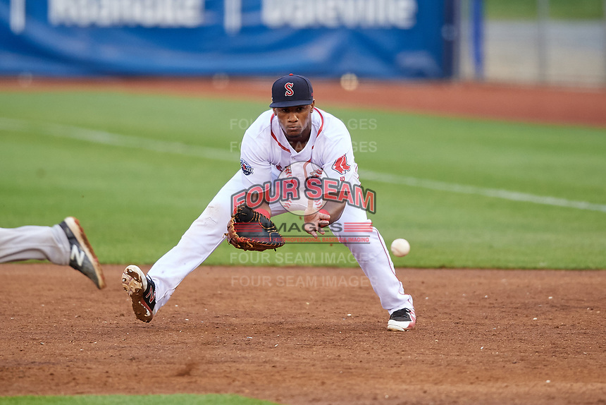Salem Red Sox first baseman Jerry Downs (30) fields a ground ball during the first game of a doubleheader against the Potomac Nationals on June 11, 2018 at Haley Toyota Field in Salem, Virginia.  Potomac defeated Salem 9-4.  (Mike Janes/Four Seam Images)