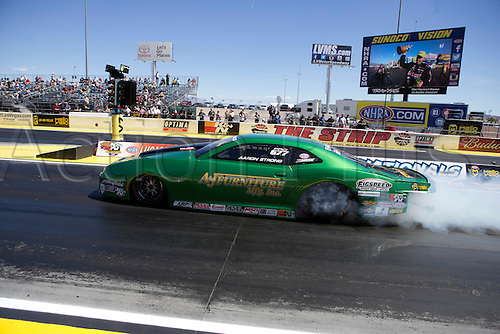 01.04.2016. Las Vegas, Nevada, USA. Aaron Strong (777 PRO) Chevrolet Camaro NHRA Pro Stock participates in the DENSO Spark Plugs NHRA Nationals at The Strip at Las Vegas Motor Speedway in Las Vegas, NV.