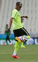 Neymar Training for Brazil