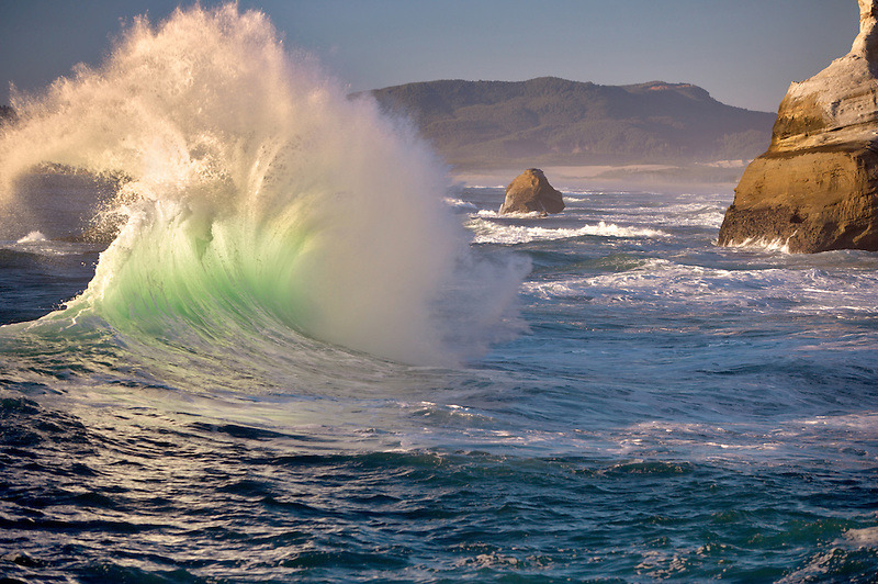 Wave of Cape Kiwanda. Oregon