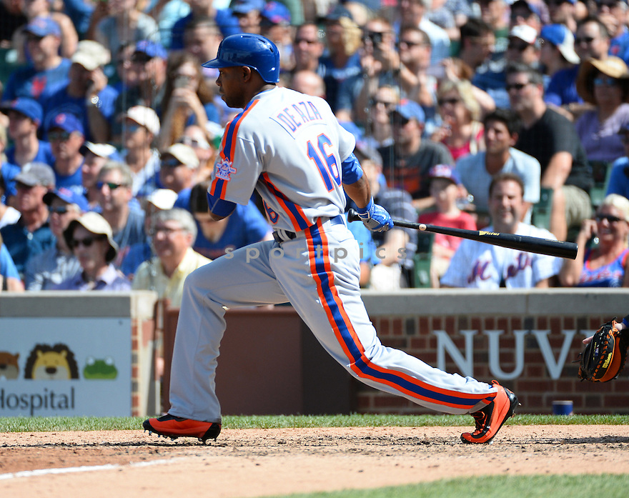 New York Mets Alejandro De Aza (16) during a game against the Chicago Cubs on July 20, 2016 at Wrigley Field in Chicago, IL. The Cubs beat the Mets 6-2.