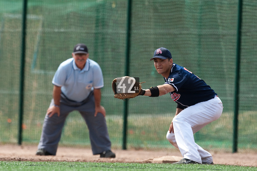 23 May 2009: Jean-Pascal Furet of La Guerche is seen on defense at first base during the 2009 challenge de France, a tournament with the best French baseball teams - all eight elite league clubs - to determine a spot in the European Cup next year, at Montpellier, France. Rouen wins 6-2 over La Guerche.