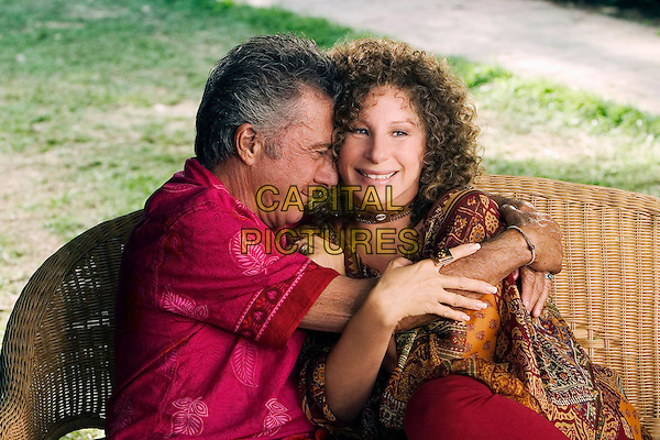 DUSTIN HOFFMAN & BARBRA STREISAND.in Meet The Fockers.*Editorial Use Only*.www.capitalpictures.com.sales@capitalpictures.com.Supplied by Capital Pictures.