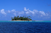 The perfect small island called Motu in Bora Bora, Tahiti, French Polynesia, South Pacific Rim