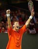 06-03-2006,Swiss,Freibourgh, Davis Cup , Swiss-Netherlands, Sjeng Schalken defeats Stanislas Wawrinka