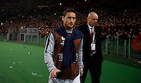 Calcio, Europa League: Ritorno degli ottavi di finale Roma vs Fiorentina. Roma, stadio Olimpico, 19 marzo 2015.<br /> Roma's Francesco Totti leaves at the end of the Europa League round of 16 second leg football match between Roma and Fiorentina at Rome's Olympic stadium, 19 March 2015. Fiorentina won 3-0.<br /> UPDATE IMAGES PRESS/Isabella Bonotto