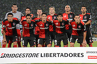 MEDELLIN- COLOMBIA - 13-02-2014: Los jugadores del Newell´s Old Boys de Argentina, posan para una foto durante partido entre Atletico Nacional y Newell´s Old Boys de la segunda fase, grupo 6, de la Copa Bridgestone Libertadores en el estadio Atanasio Girardot, de la ciudad de Medellin.  / The players of Newell´s Old Boys of Argentina, pose for a photo during a match between Atletico Nacional and Newell´s Old Boys for the second phase, group 4, of the Copa Bridgestone Libertadores in the Atanasio Girardot stadium in Medellin city. Photo: VizzorImage / Luis Rios / Str.