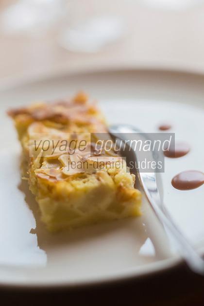 Europe/France/Bretagne/56/Morbihan/Carnac: Clafoutis aux poires et amandes - Restaurant: Côté Cuisine
