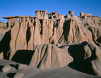 NDTR_128 - USA, North Dakota, Theodore Roosevelt National Park, Pedestals or rain pillars with hard sandstone slabs called caprocks atop softer, eroded clay sediments, South Unit.