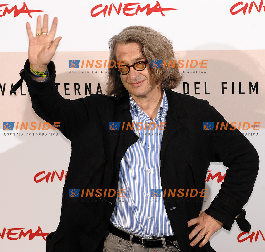 Wim Wenders<br /> Third edition of the Rome International film festival<br /> Roma 23/10/2008 <br /> Photocall '8'<br /> Photo Andrea Staccioli Insidefoto
