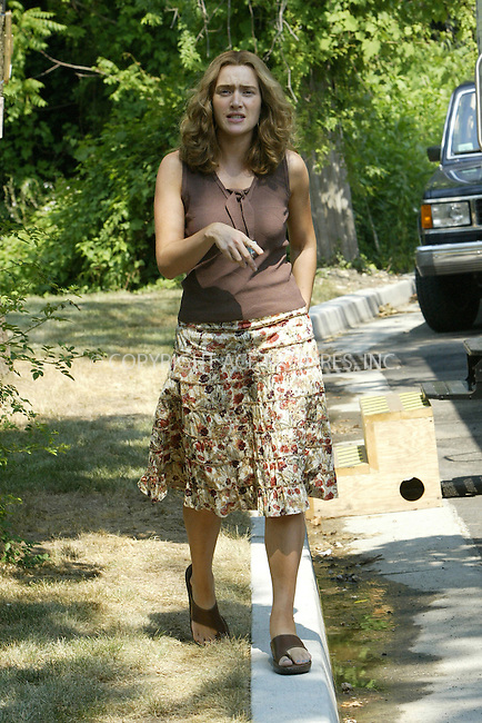 WWW.ACEPIXS.COM . . . . .***EXCLUSIVE!!! FEE MUST BE NEGOTIATED BEFORE USE!!!***....QUEENS, AUGUST 2, 2005....Kate Winslet on the set of her new movie 'Little Children.'....Please byline: JENNIFER L GONZELES-ACE PICTURES.... *** ***..Ace Pictures, Inc:  ..Craig Ashby (212) 243-8787..e-mail: picturedesk@acepixs.com..web: http://www.acepixs.com