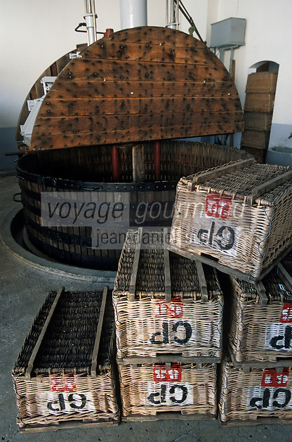 Europe/France/Champagne-Ardenne/51/Marne/Ay : Maison de champagne Goutorbe - Le pressoir