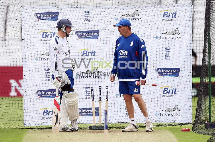 PICTURE BY VAUGHN RIDLEY/SWPIX.COM - Cricket - England v New Zealand, 2nd Test - England Nets - Headingley, Leeds, England - 22/05/13 - England Lions Gary Ballance takes in the nets session with Graham Gooch.