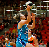 29th November 2019; Bendat Basketball Centre, Perth, Western Australia, Australia; Womens National Basketball League Australia, Perth Lynx versus Southside Flyers; Jenna O'Hea of the Southside Flyers lays up at the basket - Editorial Use