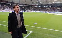 FUSSBALL   1. BUNDESLIGA  SAISON 2012/2013   9. Spieltag   VfB Stuttgart - Eintracht Frankfurt      28.10.2012 Trainer Bruno Labbadia (VfB Stuttgart)  nachdenklich