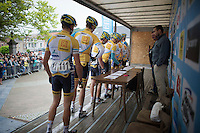 CX team Telenet-Fidea signing on<br /> <br /> 54th Druivenkoers 2014<br /> Huldenberg - Overijse (Belgium): 196km