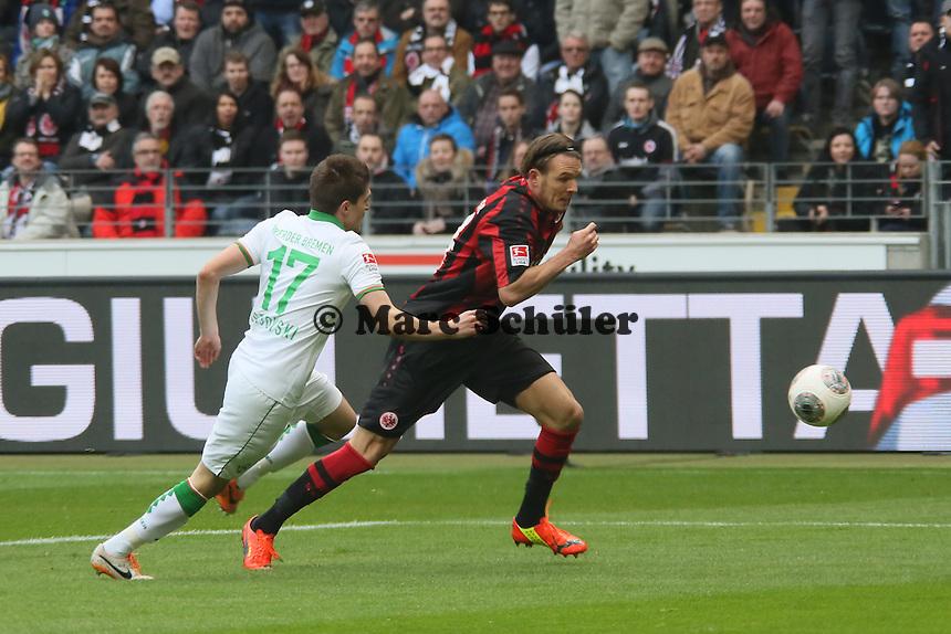 Alex Meier (Eintracht) gegen Aleksandar Ignjovski (Werder) - Eintracht Frankfurt vs. SV Werder Bremen
