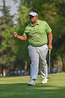 Kiradech Aphibarnrat (THA) reacts to sinking his putt on 18  during round 4 of the World Golf Championships, Mexico, Club De Golf Chapultepec, Mexico City, Mexico. 3/4/2018.<br /> Picture: Golffile | Ken Murray<br /> <br /> <br /> All photo usage must carry mandatory copyright credit (© Golffile | Ken Murray)