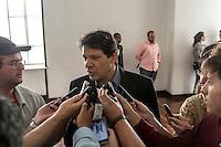 SÃO PAULO, SP, 15.12.2014 - ÚLTIMA REUNIÃO ORDINÁDIA DO CONSELHO DA CIDADE - O prefeito de São Paulo Fernando Haddad participa da Última Reunião Ordinária de 2014 do Pleno do Conselho da Cidade, na manhã desta segunda - feira (15), na região central de São Paulo. (Foto: Taba Benedicto/ Brazil Photo Press)