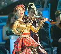 nashville tn november 7 lindsey stirling appears on the 2015 cma country christmas - Cma Country Christmas 2015