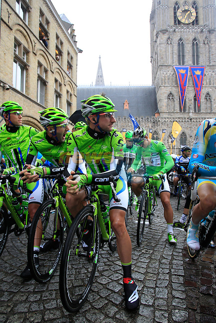 Elia Viviani (ITA) and Cannondale team mates on the start line in Ypres before the start of the cobbled stage Stage 5 of the 2014 Tour de France running 155.5km from Ypres to Arenberg. 9th July 2014.<br /> Picture: Eoin Clarke www.newsfile.ie
