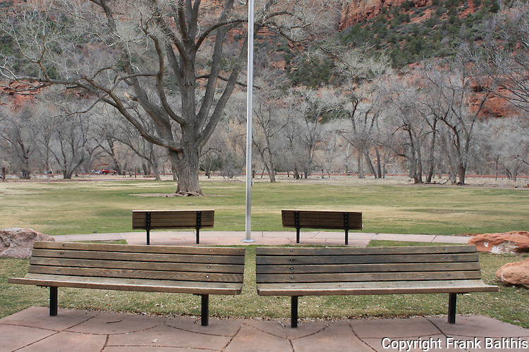 Benches in front of Zion Lodge