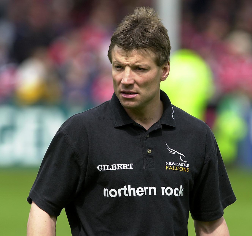 Photo Peter Spurrier.18/05/2002.Sport -Rugby Union- Zurich Championship Quarter final.Gloucester vs Newcastle.Pre match warm up - Rob Andrew newcastle manager/coach...