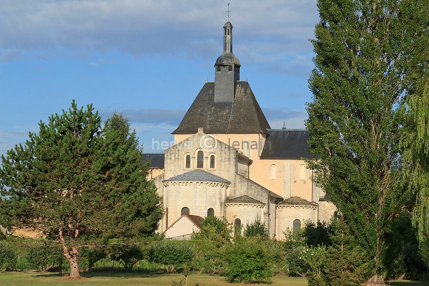 France, Indre (36), parc naturel régional de la Brenne, Méobecq, l'église abbatiale Bénédictine // France, Indre, Natural Parc of the Brenne, Meobecq, the Benedictine church