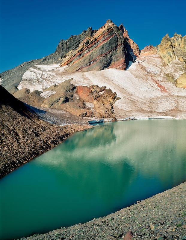 Broken Top Mountain, tarn lake and glacier. Three Sisters Mountain, Oregon