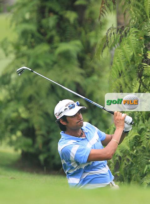 Digvijay Singh (IND) on the 18th on Day 1 of the Maybank Malaysian Open 2012 at Kuala Lumpur Golf and Country Club, Kuala Lumpur, Malaysia...(Photo Jenny Matthews/www.golffile.ie)