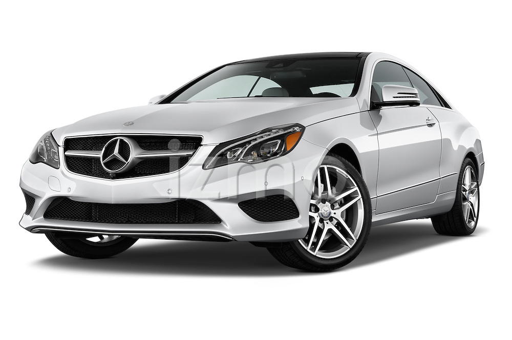 Low aggressive front three quarter view of a 2014 Mercedes E Class 350 Coupe