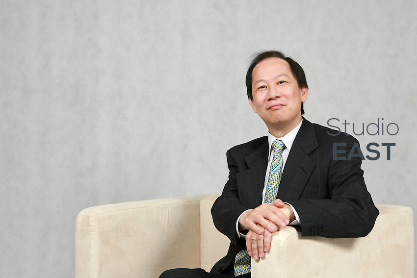 Dominic Luk, Head of Consumer Banking for South China, poses for a photograph in Standard Chartered Bank headquarters in Shanghai, China, on December 11, 2007. Photo by Lucas Schifres/Pictobank