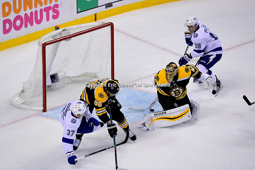 May 2, 2018: Boston Bruins goaltender Tuukka Rask (40) reaches behind himself to make a save during game three of the second round of the National Hockey League's Eastern Conference Stanley Cup playoffs between the Tampa Bay Lightning and the Boston Bruins held at TD Garden, in Boston, Mass. Tampa Bay defeats Boston 4-1. Eric Canha/CSM