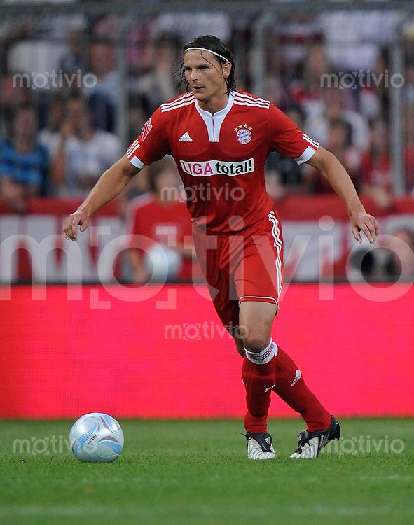 Fussball  International   Audi Cup 2009   29.07.2009 FC Bayern Muenchen - AC Mailand  Daniel van Buyten (FCB)