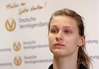 European Championships Fencing 2010 / Fecht Europameisterschaft 2010 in Leipzig - Competition Championat d'europe - im Bild: Britta Heidemann (GER) . Foto: Norman Rembarz..Norman Rembarz , Autorennummer 41043728 , Augustenstr. 2, 04317 Leipzig, Tel.: 01794887569, Hypovereinsbank: BLZ: 86020086, KN: 357889472, St.Nr.: 231/261/06432 - Jegliche kommerzielle Nutzung ist honorar- und mehrwertsteuerpflichtig! Persönlichkeitsrechte sind zu wahren. Es wird keine Haftung übernommen bei Verletzung von Rechten Dritter. Autoren-Nennung gem. §13 UrhGes. wird verlangt. Weitergabe an Dritte nur nach  vorheriger Absprache..