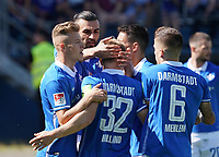 celebrate the goal, Torjubel zum 1:0 Serdar Dursun (SV Darmstadt 98) mit Vorbereiter Fabian Holland (SV Darmstadt 98)- 15.09.2019: SV Darmstadt 98 vs. 1. FC Nürnberg, Stadion am Boellenfalltor, 6. Spieltag 2. Bundesliga<br /> DISCLAIMER: <br /> DFL regulations prohibit any use of photographs as image sequences and/or quasi-video.
