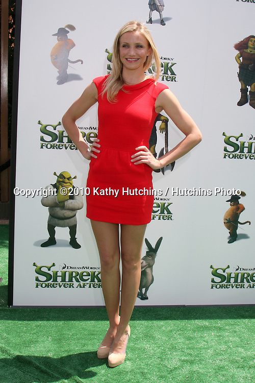 """Cameron Diaz.arrives at the """"Shrek Forever After"""" LA Premiere.Gibson Ampitheatre, Universal Studios.Los Angeles, CA.May 16, 2010.©2010 Kathy Hutchins / Hutchins Photo.."""