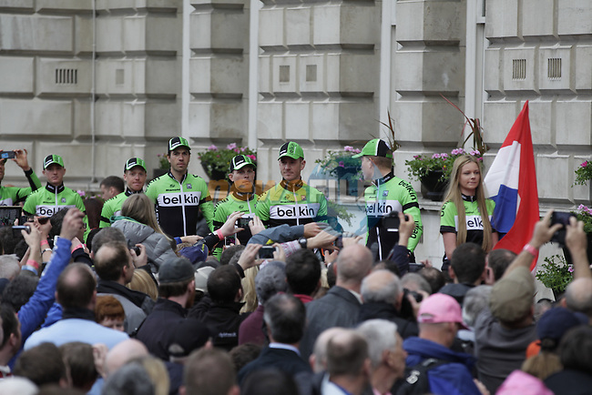 Belkin Pro Cycling Team arrive onto stage at the Team Presentation Ceremony held at City Hall in Belfast before the start of 2014 Giro d'Italia.8th May 2014.<br /> Picture: Eoin Clarke www.newsfile.ie