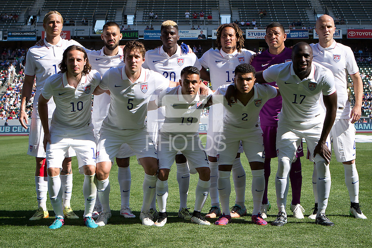Carson, Calif. - Sunday, February 8, 2015: The USMNT starting XI. The USMNT defeated Panama 2-0 in an international friendly at StubHub Center.