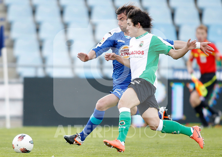 Getafe's Juan Valera against Racing de Santander's   during La Liga match. May 01, 2012. (ALTERPHOTOS/Alvaro Hernandez)
