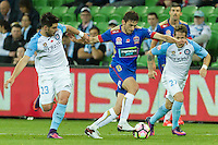 Melbourne, 10 November 2016 - MATEO POLJAK (8) of the Jets controls the ball in the round 6 match of the A-League between Melbourne City and Newcastle Jets at AAMI Park, Melbourne, Australia. Melbourne won 2-1 (Photo Sydney Low / sydlow.com)