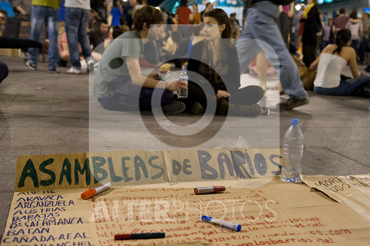 Protesters participate at an indignados demonstration in Madrid in the firts aniversary of the 15M Movement.May, 15, 2012. (ALTERPHOTOS/Ricky)