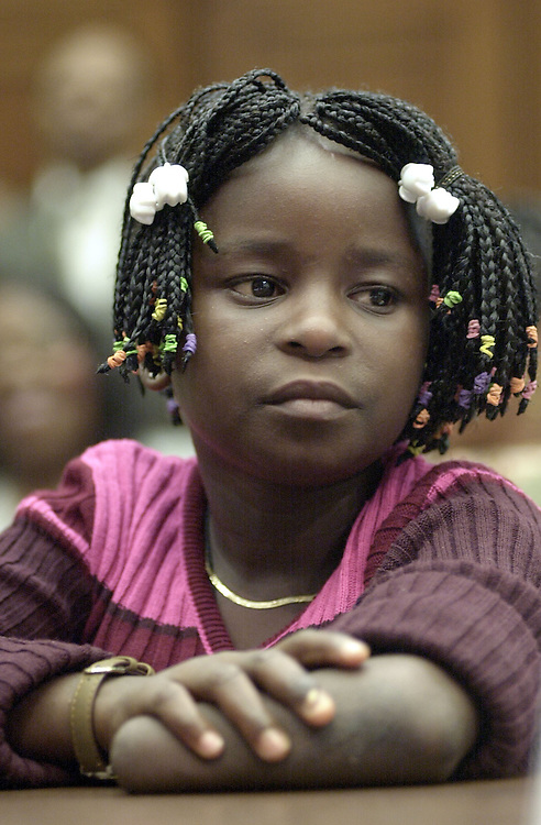 SerraLeone7(DG)092600 -- Damba Koroma testifies before the International Relations Committee hearing on the impact of the Sierra Leone conflict on children who were victoms of forced amputation.