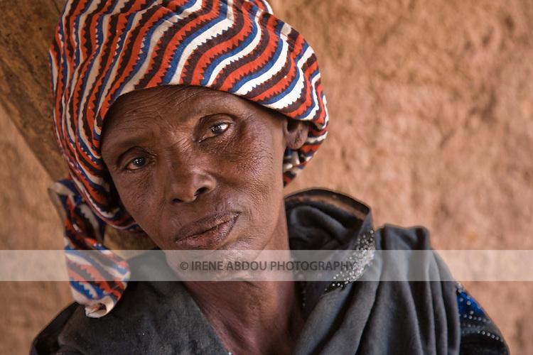 Anta, an elderly Fulani woman from the village of Bele Kwara in southwestern Niger, has walked ten or so kilometers to attend the weekly market in Torodi.