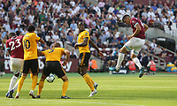 West Ham United's Fabian Balbuena with a header towards goal<br /> <br /> Photographer Rob Newell/CameraSport<br /> <br /> The Premier League - West Ham United v Wolverhampton Wanderers - Saturday 1st September 2018 - London Stadium - London<br /> <br /> World Copyright © 2019 CameraSport. All rights reserved. 43 Linden Ave. Countesthorpe. Leicester. England. LE8 5PG - Tel: +44 (0) 116 277 4147 - admin@camerasport.com - www.camerasport.com