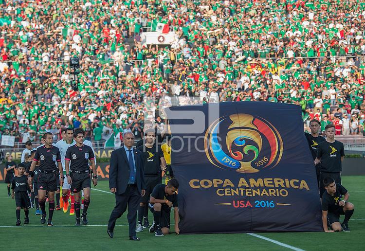Action photo during the match Mexico vs Jamaica Corresponding to  Group -C- of the America Cup Centenary 2016 at Rose Bowl Stadium.<br /> <br /> Foto de accion durante el partido Mexico vs Jamaica, Correspondiente al Grupo -C- de la Copa America Centenario 2016 en el Estadio Rose Bowl, en la foto: Vista General<br /> <br /> <br /> 09/06/2016/MEXSPORT/David Leah