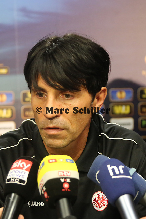 Sportmanager Bruno Huebner - Pressekonferenz zur Begegnung der Europa League Eintracht Frankfurt vs. Girondins Bordeaux