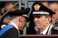 Il Comandante Generale uscente dell'Arma dei Carabinieri Gianfrancesco Siazzu, a sinistra, saluta il suo successore Leonardo Gallitelli durante la cerimonia di installazione a Roma, 23 luglio 2009..Carabinieri paramilitary police service's outgoing General Commander, left, greets his successor Leonardo Gallitelli during the installation ceremony in Rome, 23 july 2009..UPDATE IMAGES PRESS/Riccardo De Luca