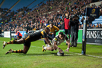 Anthony Watson of Bath Rugby scores the match-levelling try in the final play. European Rugby Champions Cup match, between Wasps and Bath Rugby on December 13, 2015 at the Ricoh Arena in Coventry, England. Photo by: Patrick Khachfe / Onside Images