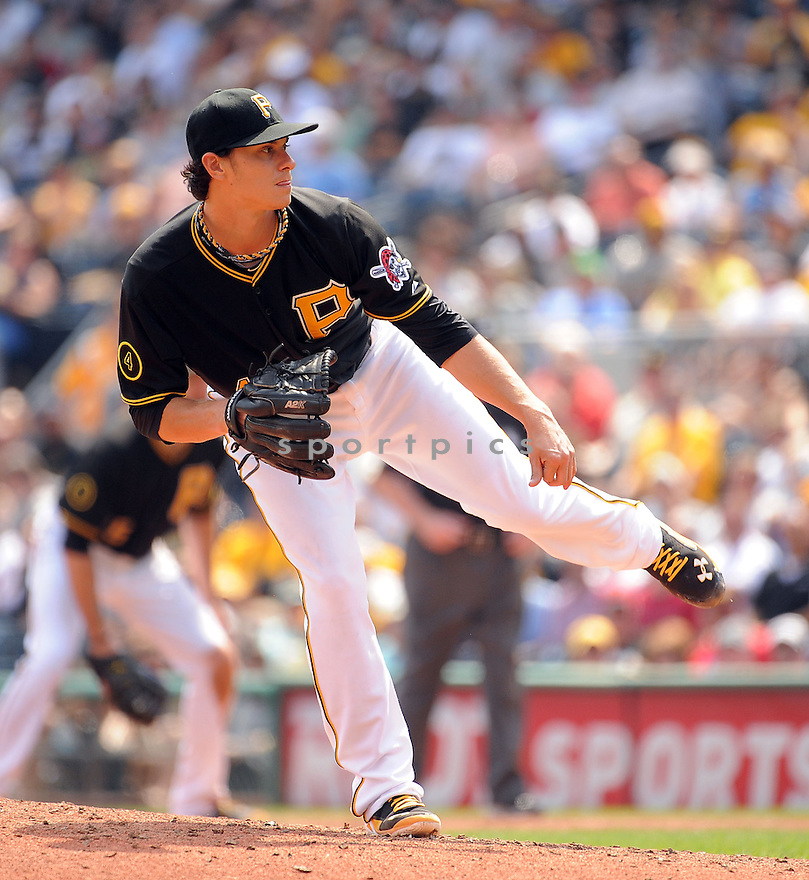 Pittsburgh Pirates Jeff Locke (49) during a game against the St. Louis Cardinals on August 27, 2014 at PNC Park in Pittsburgh PA. The Pirates beat the Cardinals 3-1.
